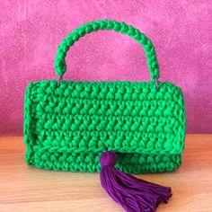 Green designer crochet purse. Get this wonderful bag just for 42 euro. knit purse, #bags #purse вязаная сумка, сумка на заказ