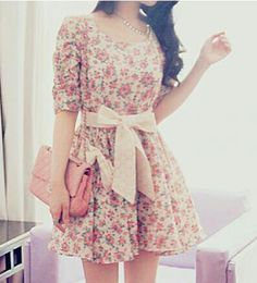 Fashion Inspiration: Vintage Floral Mini Dress:: Floral and a Bow!! :: Retro style:: The bigger the bow, the better!