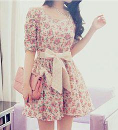 Fashion Inspiration: Vintage Floral Mini Dress