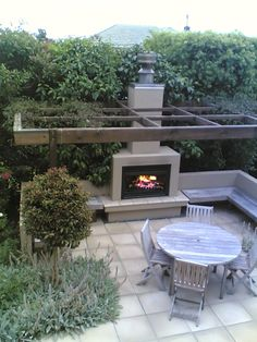 31 Fabulous Outdoor Fireplace Ideas You Should Copy Now - Are you interested in an outdoor firepit? An outdoor fireplace can be an amazing attraction on your patio, or use anywhere in the yawn. Pergola Patio, Modern Pergola, Backyard Patio, Pergola Kits, Patio Awnings, Pergola Ideas, Outside Fireplace, Backyard Fireplace, Fireplace Stone