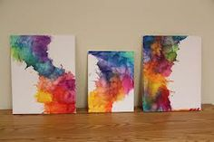 I love this version of melted crayon art. Use greens, blues, reds and orange for the Colorful bedroom!