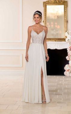 Stella York Wedding Dresses - Search our photo gallery for pictures of wedding dresses by Stella York. Find the perfect dress with recent Stella York photos. Lace Beach Wedding Dress, Classic Wedding Dress, Wedding Dress Styles, Relaxed Wedding Dress, Wedding Lace, Gown Wedding, Mermaid Wedding, Stella York Wedding Gowns, Ball Dresses