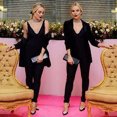 Bom dia com todos os detalhes do meu look de ontem! Sofisticado, sexy e com alguns toques românticos! Gostaram???  Tudo o que rolou na inauguração da #valisegoiania já está no blog (link na bio), corre e vem ver! • PH: @r_vilela  • #laylamonteiro #looksdalay #bloglaylamonteiro #ootn #todevalisere @valisere