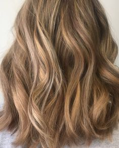 """2 Likes, 1 Comments - Sol Salon (@solhairsalon) on Instagram: """"Balayage by #marysol #balayage #color #salon #waves #shorthair #shorthairdontcare #blonde #spring…"""""""