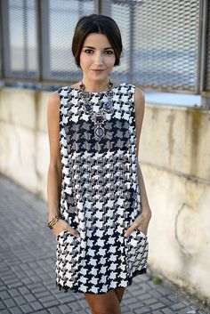 LOVE LOVE LOVE this graphic shift dress