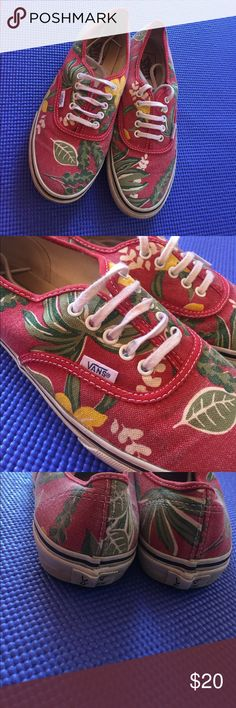 Special edition Hawaiian print VANS Had these vans for a while, but they are still in pretty good condition! No tears or scuff Marks! Women's 9, mens 7.5 Vans Shoes Sneakers