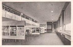 Schumacher, Hans - Haus der Arbeiterpresse auf der Pressa, inneres, Köln (The House of the Workers' Press at the Pressa Exhibition, interior, Cologne), 1927-28 (Photo: Werner Mantz)