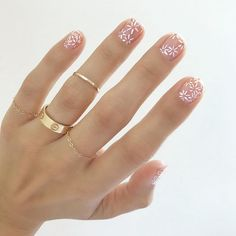 Spring Nails 11 Fresh, Spring-y Manicures That Will Impress Everyone At Easter Brunch Pretty spring nail art inspiration Spring Nail Art, Nail Designs Spring, Spring Nails, Summer Nails, Nail Art Designs, Nails Design, Minimalist Nails, Perfect Nails, Gorgeous Nails