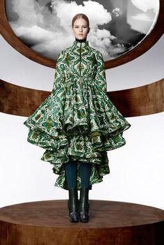 Capsule Kollektion – Mary Katrantzou für Moncler – SI Style