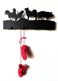 Hani/krummi/hundur/svín Snagi (rooster, raven, dog and pig, from an Icelandic children song. Cool for hanging up your clothes).