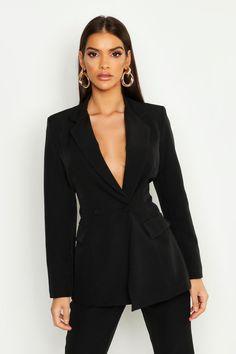 blazer and tshirt outfit Blazer Outfits For Women, Blazers For Women, Casual Outfits, Ladies Blazers, Dress Outfits, Dresses, Sleevless Blazer, Blazer Dress, Blazer Fashion