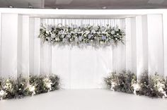 Wedding Backdrop Design, Reception Backdrop, Wedding Stage Decorations, Engagement Decorations, Backdrop Decorations, Wedding Themes, Backdrops, Decor Wedding, Wedding Table Deco