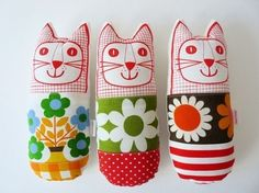 scandinavian vintage fabric cats