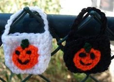 "Tiny Crochet Halloween Bag - free CROCHET pattern - ""easy"" -  great for Baby when you take them 'trick or treating'"