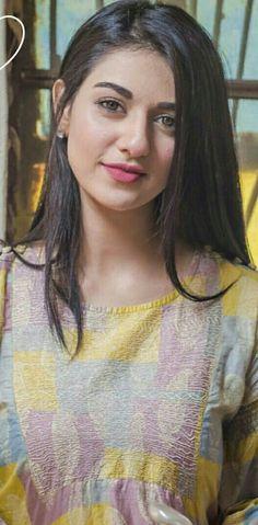 Sarah khan love you😘😘 Beautiful Girl Indian, Beautiful Indian Actress, Beautiful Actresses, Gorgeous Women, Pakistani Models, Pakistani Girl, Pakistani Actress, Pakistani Dramas, Cute Girl Pic