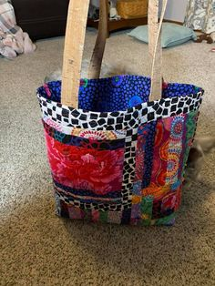 agilejack – agilejack Next Bags, Purse Patterns, Sewing Patterns, Quilting Designs, Art Quilting, Tote Tutorial, Black And White Fabric, Diy Purse, My Sewing Room