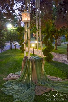 This gorgeous swing make for a beautiful wedding.Inspirational wedding and brid… This gorgeous swing make for a beautiful wedding. Dubai Wedding, Santorini Wedding, Wedding Swing, Photowall Ideas, Enchanted Garden Wedding, Backyard Lighting, Backdrops, Wedding Planning, Wedding Decorations