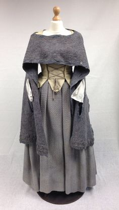 Geillis (Lotte Verbeek) Gardening Dress from Outlander on Starz on Terry Dresbach's blog
