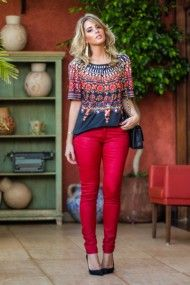 look do dia, look da noite, camiseta estampada gucci inspired, calça encerada vermelha, ecommerce analoren, tr (2)