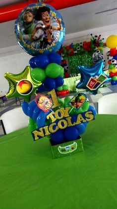 Toy Story Centerpieces Baby Boy Birthday Themes, Disney Birthday, Toy Story Birthday, Boy Birthday Parties, Toy Story Centerpieces, Birthday Party Centerpieces, Birthday Decorations, Toy Story Baby, Toy Story Theme