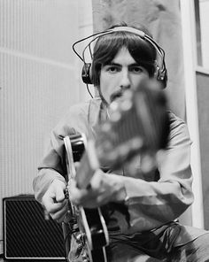 George Harrison. Photographed by Henry Grossman. (1967)