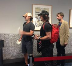 the cast from walking dead is on my flight to Costa Rica ‼️‼️‼️ Francesco Bonini (@cijecamredesign) | Twitter
