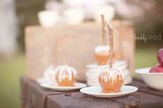 fresh ideas | DIY caramel apple bar