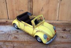 Macheta auto retro - VW galben Retro, Wooden Toys, Places, Car, Automobile, Wood Toys, Woodworking Toys, Vehicles, Cars