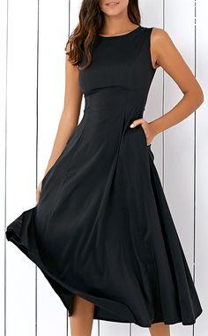 Casual Round Neck Loose Fitting Sleeveless Midi Dress