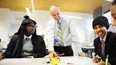 Teacher encouragement 'gives pupils long-term boost' - BBC News