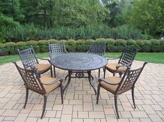 Belmont 7 Piece Round Dining Set with Cushions