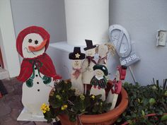 these are snowmen I made to guard the front door. They were so fun to make but the secret I've learned to making things for Christmas...start in August !!!!