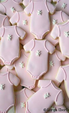 Vanilla Sugar Cookies with Royal Icing and Royal Icing Teddy Bears!    Happy Baking!
