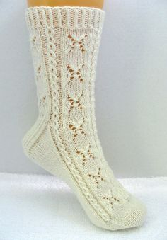 Knitting Sock Pattern, Lotsa Sugar Sock, lace and cable sock design, PDF Lace Patterns, Baby Knitting Patterns, Loom Knitting, Knitting Socks, Hand Knitting, Knitting Videos, Crochet Patterns, Knitting Projects, Crochet Cable