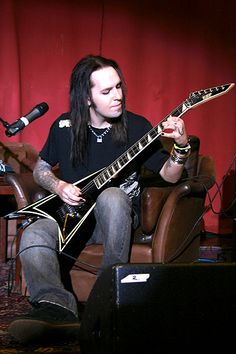 Alexi Laiho from Children of Bodom visiting Swedish Metal Expo and showing of his guitar skills.