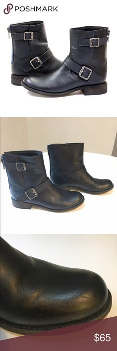 Steve Madden Tokken motorcycle boot Leather Moto Steve Madden boot. Has contrast zipper and two decorative side buckles. They have been worn once or twice. Very light scuff marks as seen in pics. They are so light they're hard to photograph. Size 8. They fit TTS. Steve Madden Shoes Combat & Moto Boots