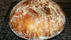 Tento chlebík robila moja starká a vydrží vám naozaj celý týždeň. Robím ho už 20 rokov, odporúčam každému, kto chce poctivé domáce pečivo. My Favorite Food, Favorite Recipes, Ciabatta, Salty Foods, Russian Recipes, Banana Bread Recipes, Dough Recipe, Savoury Dishes, Healthy Smoothies