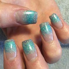 #glitterfade #blue #silver #nails