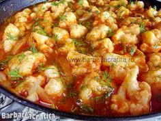 Mancare de conopida Romanian Food, Vegetable Recipes, Cauliflower, Curry, Good Food, Food And Drink, Broccoli, Chicken, Vegetables