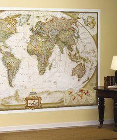Pour décorer un salon, un bureau, une tête de lit, une chambre d'enfant (en s'adaptant au style) : la carte du monde.