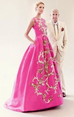 Oscar, a genius of fine couture Pink Fashion, Couture Fashion, Runway Fashion, Beautiful Gowns, Beautiful Outfits, Glamour, Marchesa, Elie Saab, Dream Dress