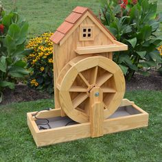 A & L Furniture Waterwheel Gristmill with Electric Pump - Ahşap işleri A & L Furniture Waterwheel Gristmill with Electric Pump - Arduino Projects, Woodworking Projects Diy, Diy Wood Projects, Wood Crafts, Projects To Try, Woodworking Books, Wooden Planters, Wooden Garden, Electric Water Pump