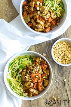 Thai chicken zoodles with spicy peanut sauce with a quick and healthy dinner recipe you can make in less than 30 minutes!   slimsanity.com