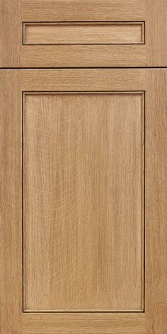 Our Cascade door shown in our newly launched Quarter Sawn White Oak with a natural stain to bring out the unique beauty of the specie and finished with a coffee brushed glaze.