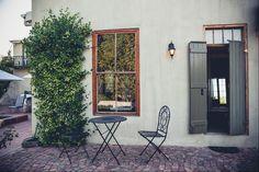 Station House in die Boland bied 'n ware Franse plattelandse gevoel! Decor, Outdoor Decor, House, Home Decor, Station