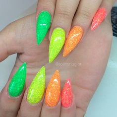 Totally Hip Summer Nail Designs Your Friends Will Envy ★ See more: https://naildesignsjournal.com/totally-hip-summer-nail-designs/ #nails