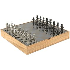 Add the Umbra Buddy Chess Set to your household to give your family an easy entertainment option.  #christmasgifts #giftideas #christmas #holidays