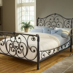Hillsdale Mandalay King Sleigh Bed Set Old Rustic Brown - - Hillsdale Furniture King Metal Bed, Metal Beds, Bed Sets, Iron Furniture, Bedroom Furniture, Gold Furniture, Furniture Online, Furniture Decor, Camas King Size