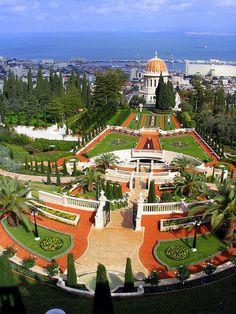 The Bahá'í gardens in Haifa, Israel (by Emmalen).