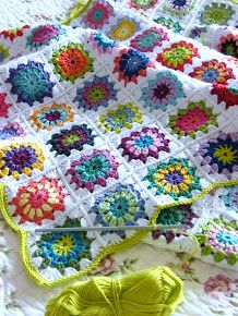 love the colors and border color